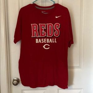 Cincinnati Reds Nike shirt size L